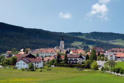 Blick auf die oststeirische Gemeinde Wenigzell, sterreich