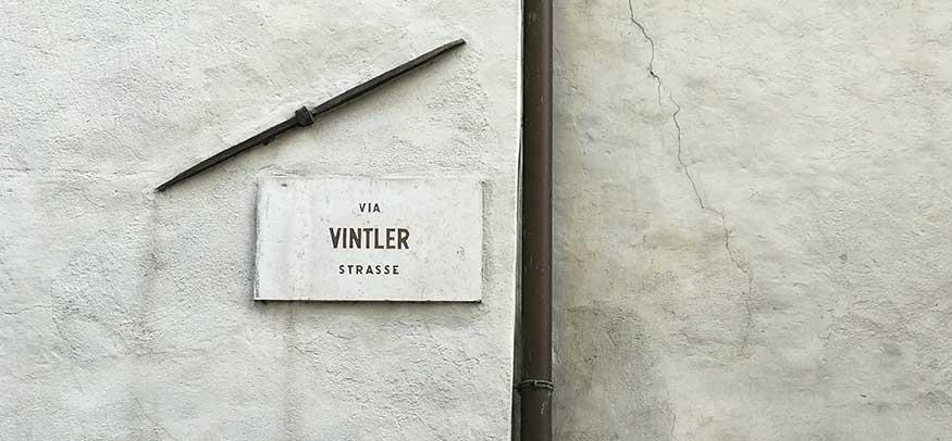 Via Vintola a Bolzano, la via che non c'è.