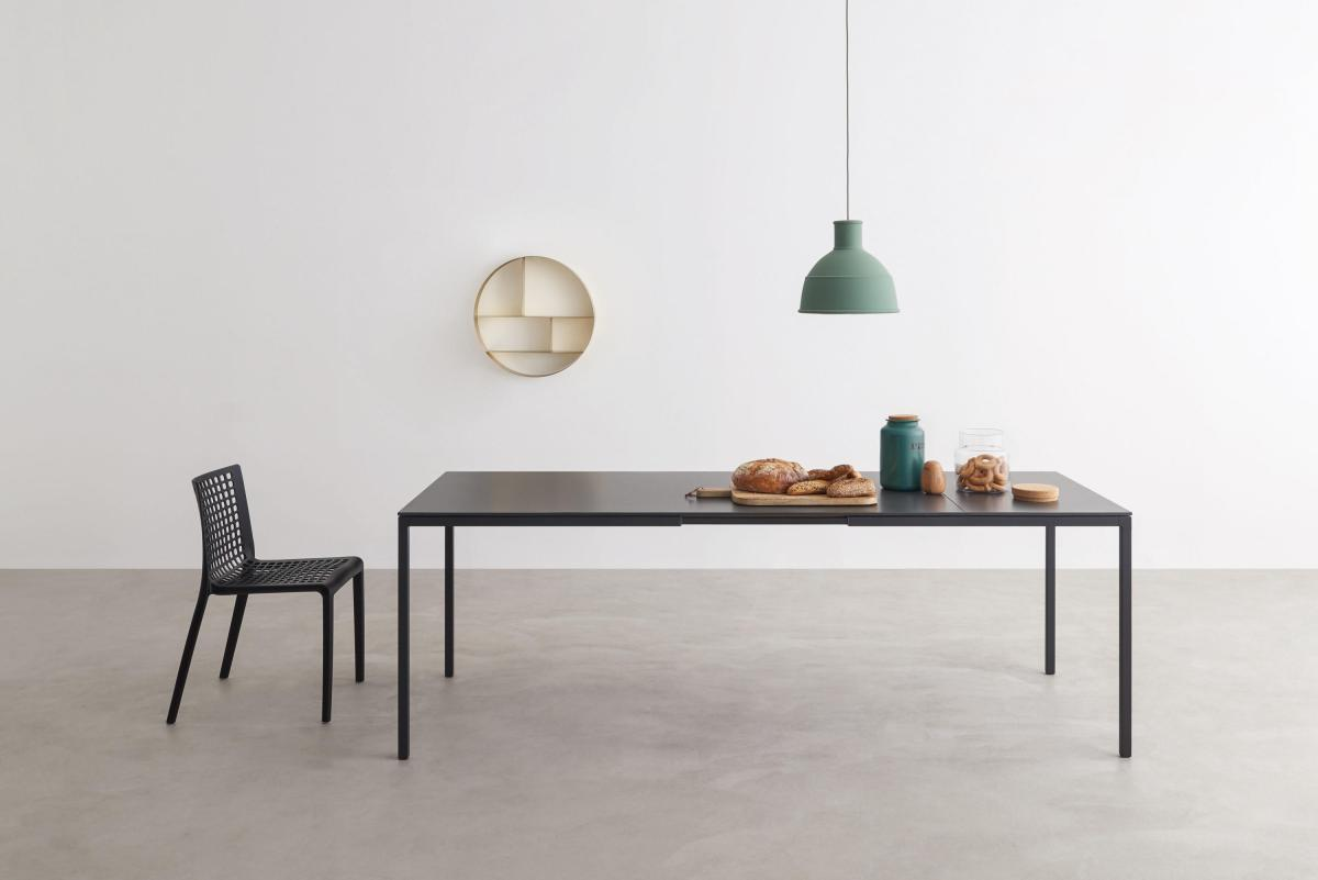 Helsinki Tisch von Desalto im Esszimmer