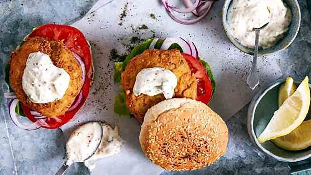 fish burgers with herb mayo