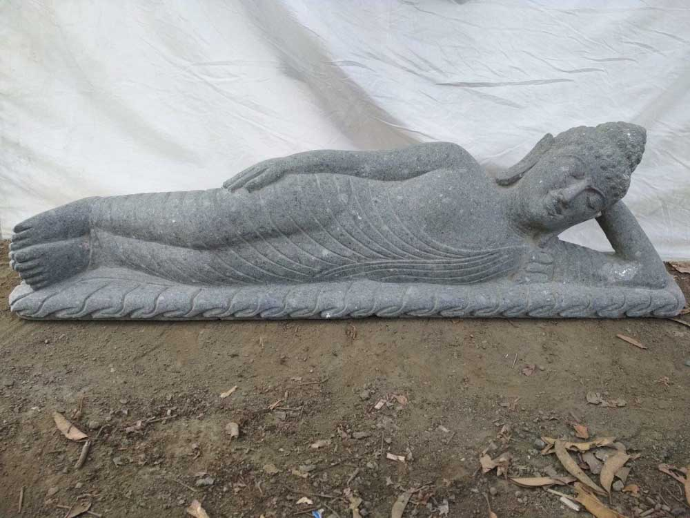 Statue Bouddha allong en pierre volcanique extrieur 1m50