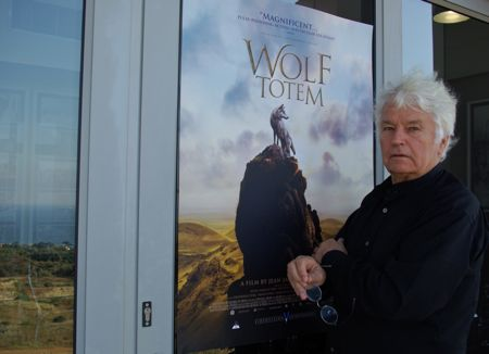 Jean-Jacques Annaud talks about the wolves in Wolf Totem.