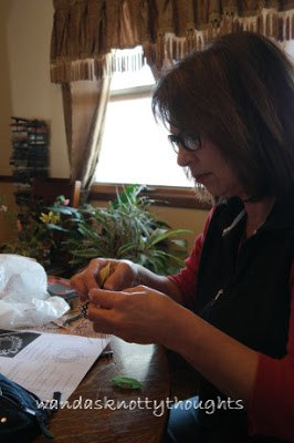 Sherry cautiously  works on her tatting @ wandasknottythoughts.com