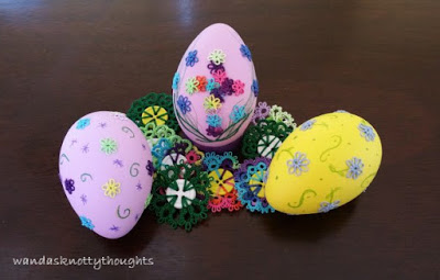 Decorated Easter eggs wandasknottythoughts.blogspot.com