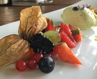 Sich nach einer langen Wanderung ein Dessert zu gönnen ist die schönste Belohnung überhaupt.