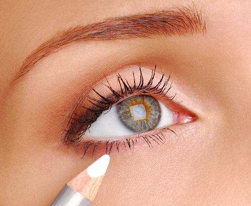 The Best Eye Color to Make Brown Eyes Pop