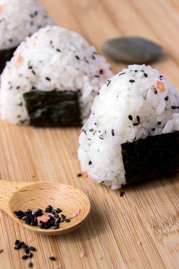 Onigiri Cute Wallpaper Easy Onigiri Recipe Japanese Rice Ball Snack Wandercooks