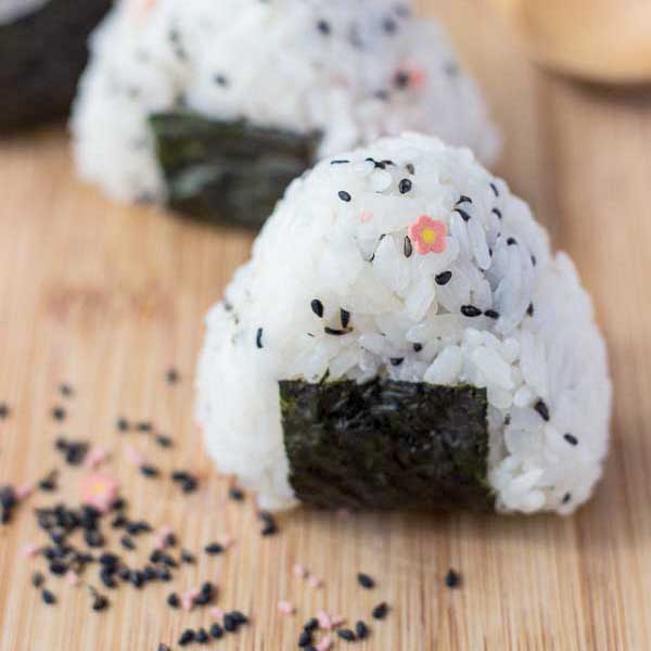Wallpaper Sushi Cute Onigiri Recipe The Simple Japanese Rice Ball Snack