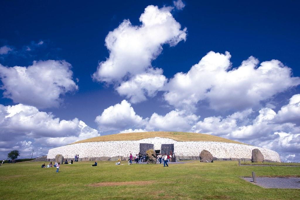 Tumba de Newgrange en Brú Na Bóinne