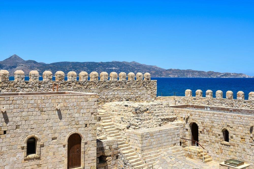 Rocca a Mare Fortress