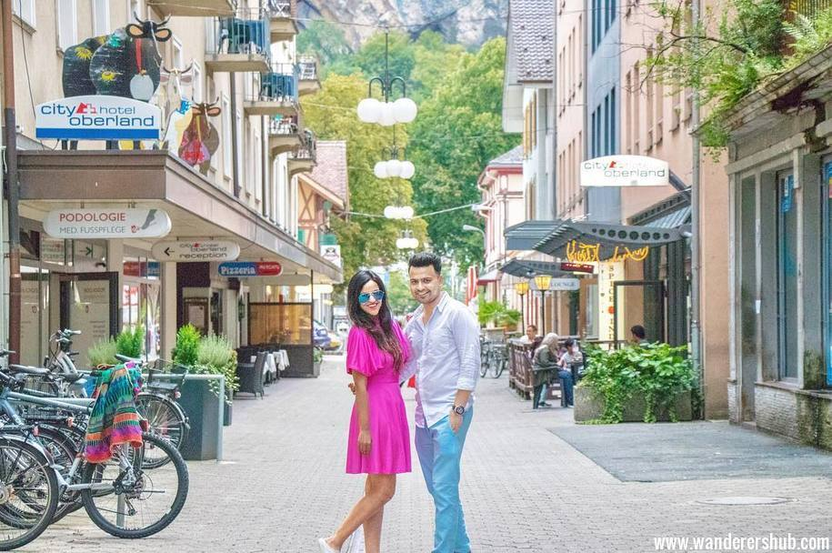 Switzerland Interlanken - couple travel blog