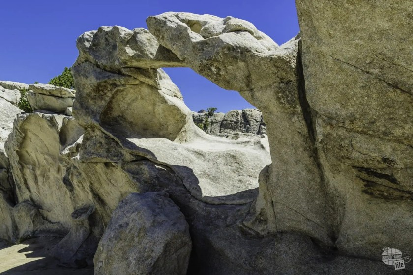 Window Arch in City of Rocks National Reserve