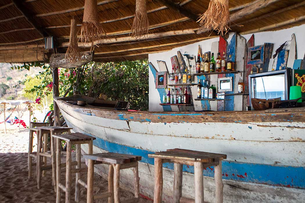 Likoma Mango Drift bar pirogue recycle