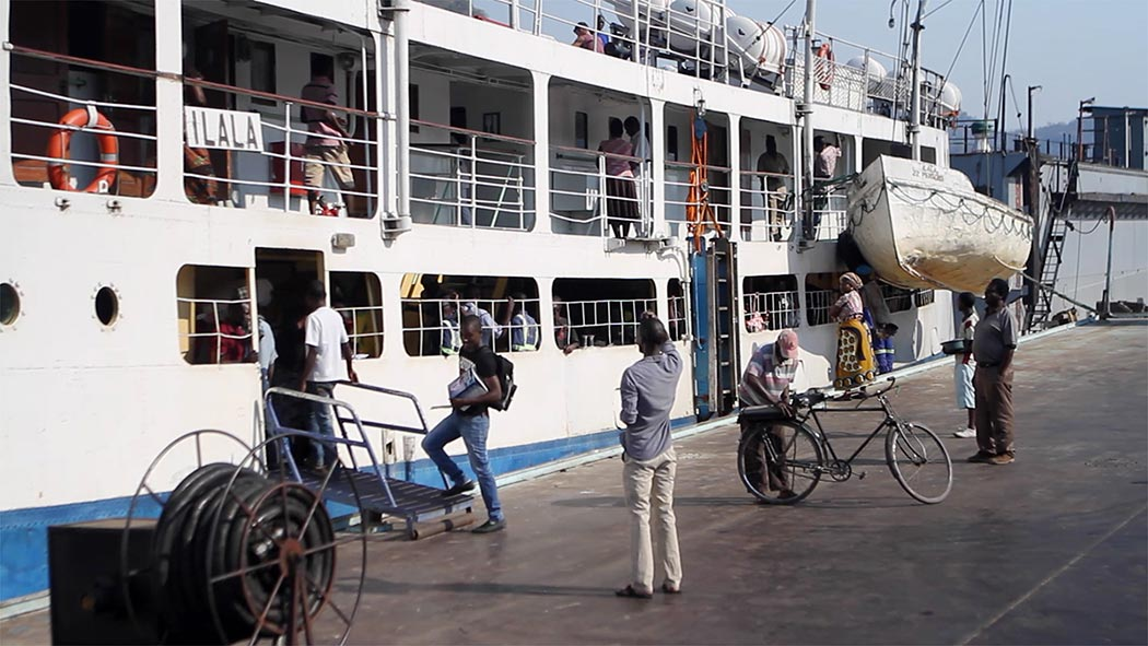 Ilala Ferry chargement passager