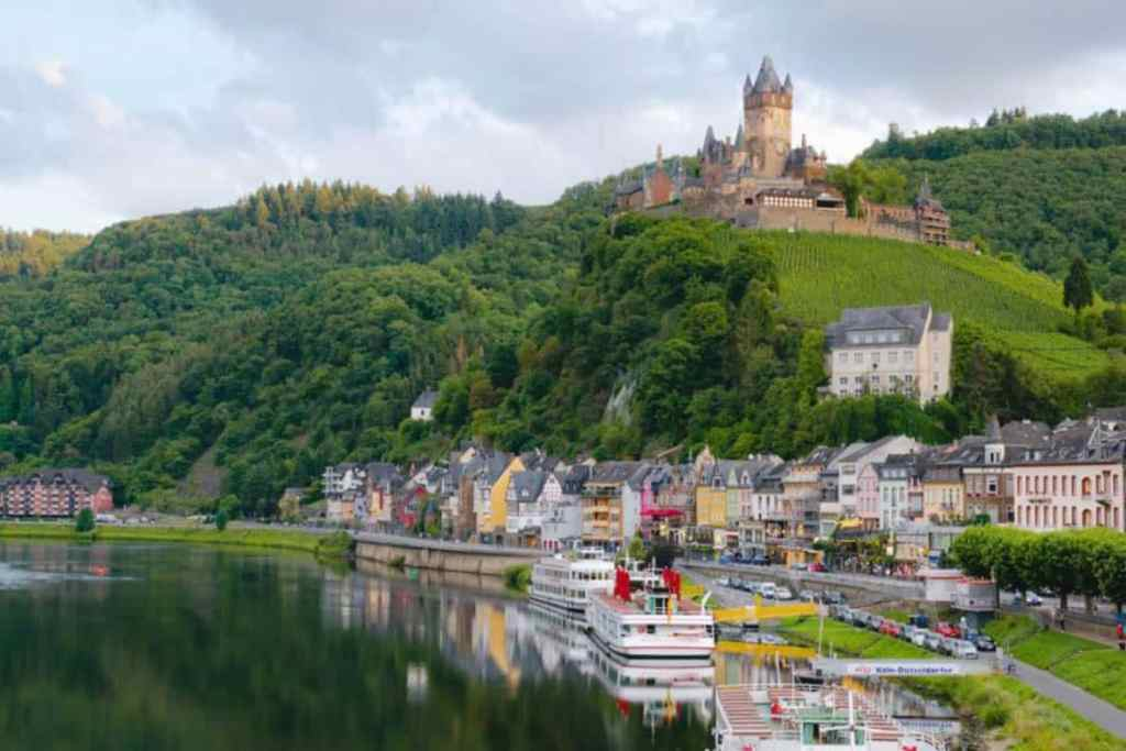 Cochem Castle - The best Fairytale castles in Southern Germany. Here's our guide to help you choose the best castles in southern Germany to visit on your Germany road trip. Here are our favourite castles in southern Germany! #castles #germany #wanderingbird #southerngermany #roadtrip #fairytale #castle #burg #cochem
