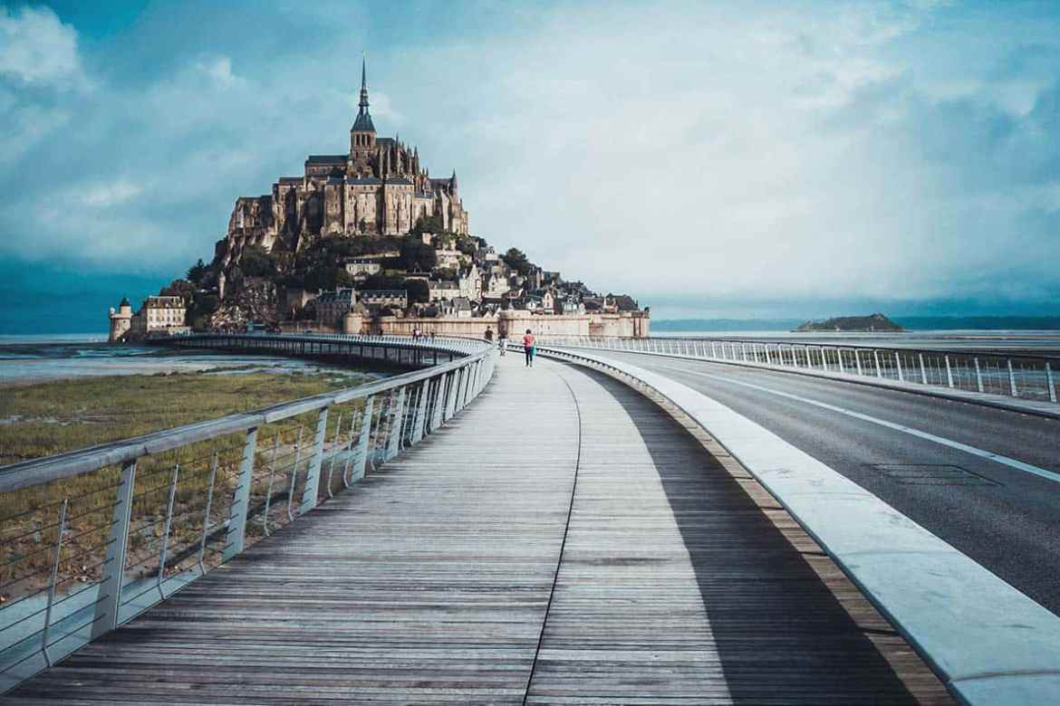 Is anything better than a road trip through France? Whether it's by car, motorhome or touring in a motorhome, France is an incredible country to explore on the road. Here are the best road trip and touring tips you need to plan your adventures! #france #roadtrip #motorhome #travel #castles #montstmichel