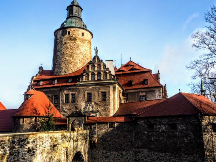 College of Wizardry Czocha Castle Wandering Chocobo LARP