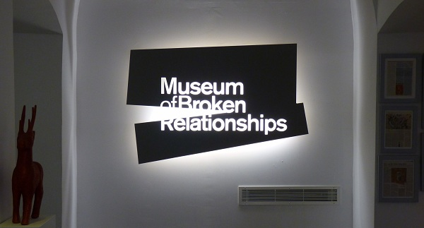 Logo for Museum of Broken Relationships.