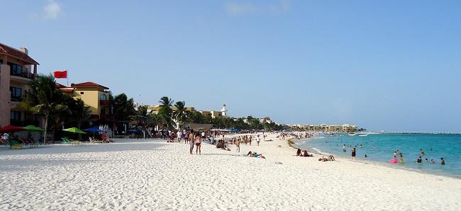 Live in Playa del Carmen