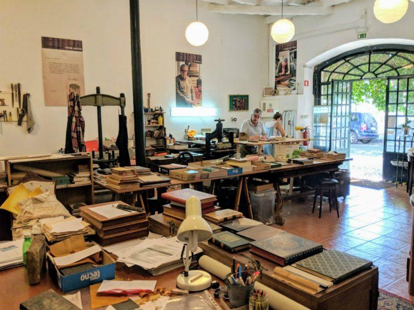 Highlight of Cascais - Arte No Livro Bookbinders
