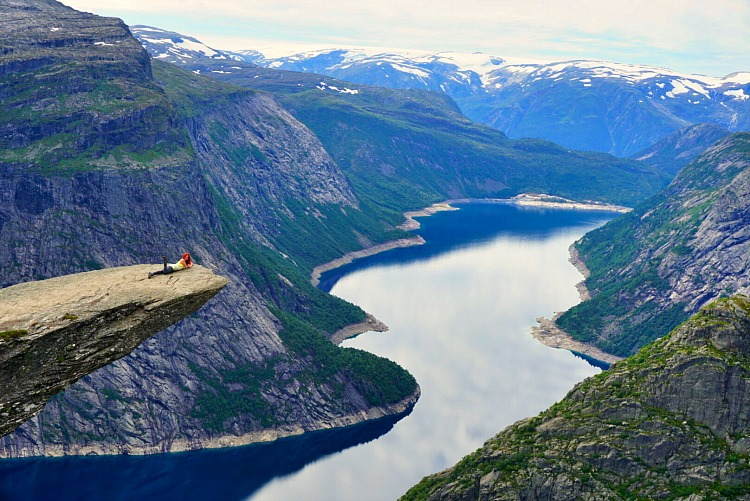 Hiking Trolltunga: A Beginner's Guide