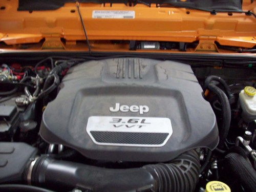 small resolution of turn off the jeep and reinstall the engine cover