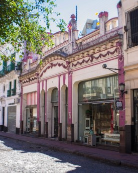 Colonial style building in the streets of San Telmo.