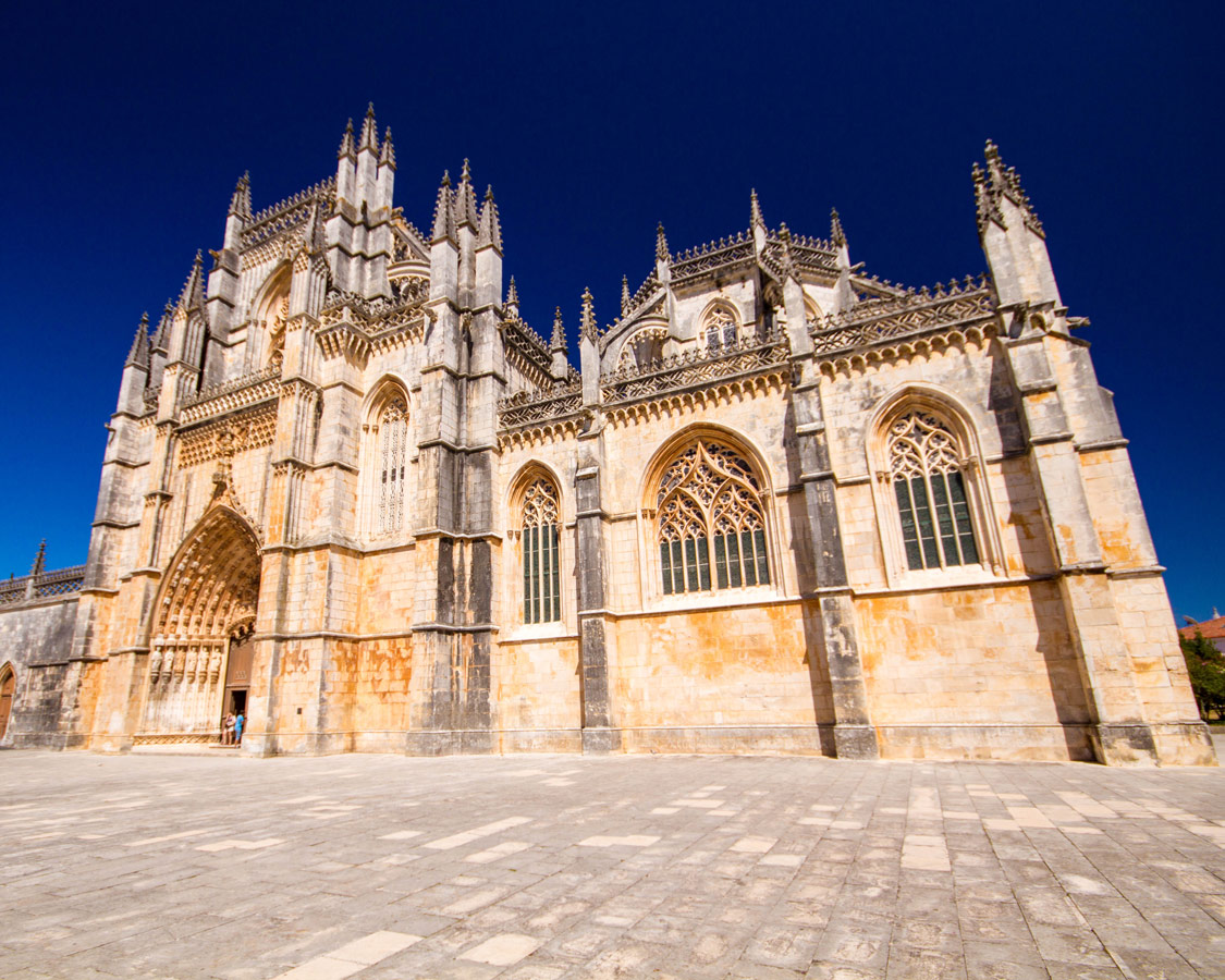 Monastery of Batalha from the front.