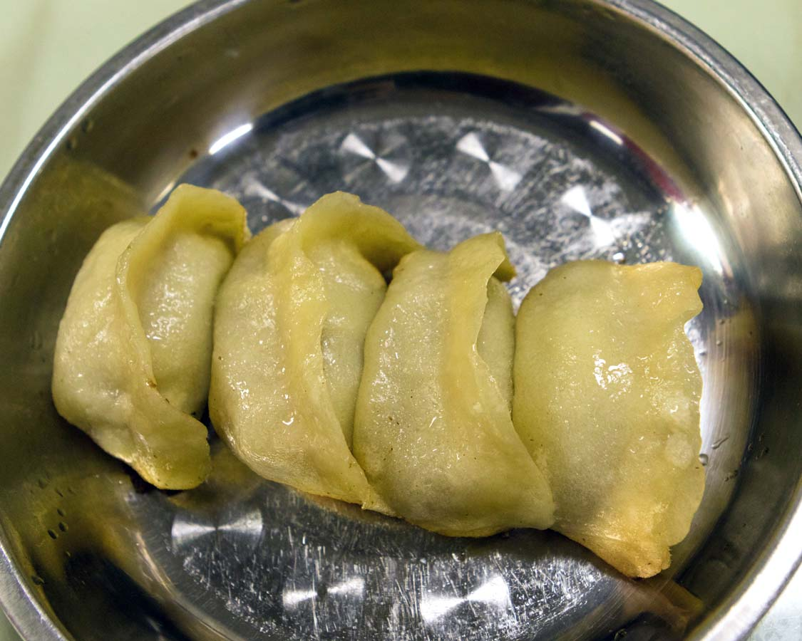 Xiaolongbao Soup Dumplings on a Shanghai China food tour