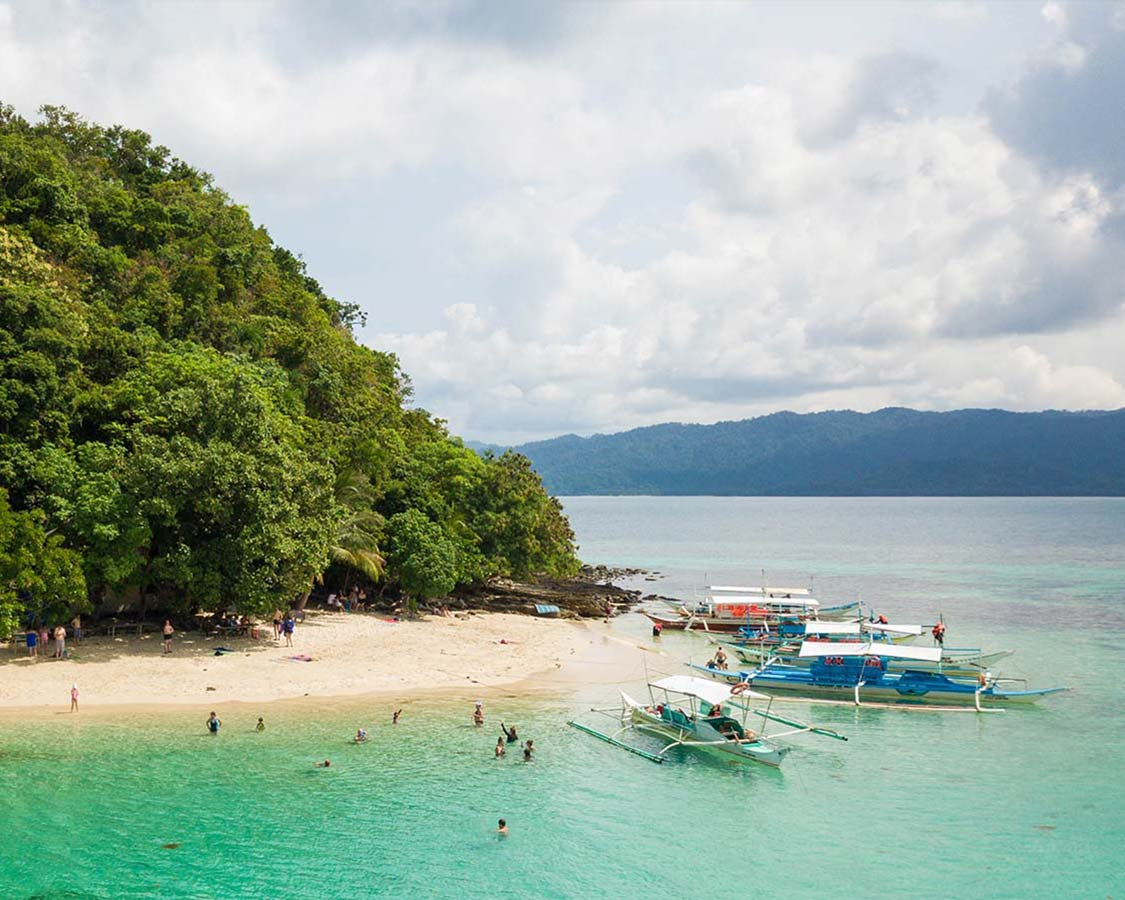The Philippine Islands are full of beautiful destinations, but there are still a few undiscovered treasured scattered throughout this paradise. San Vicente, located between El Nido and Coron is one of our favorites. Discover all the incredible things to do in San Vicente Palawan for the whole family!