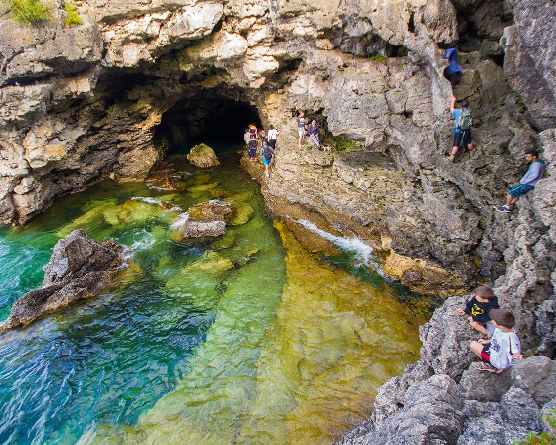 What to do in Bruce Peninsula National Park - How to get to the Grotto