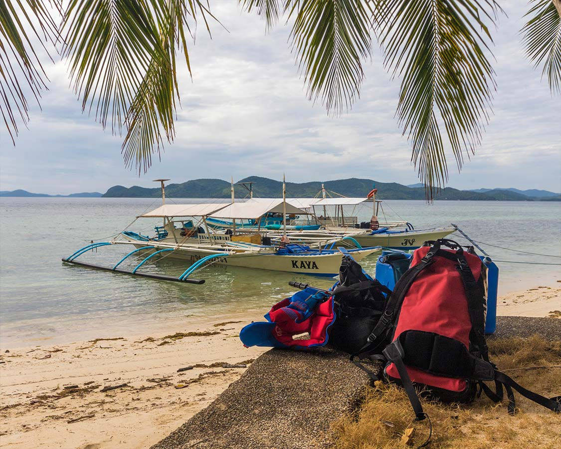 How to get to Coron Island Palawan by bangka or paraw boat
