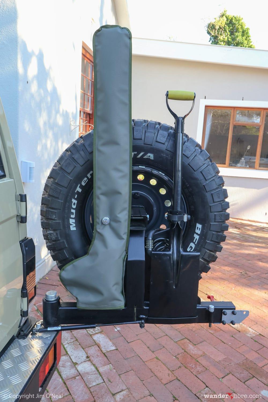 Gobi-X Dual Wheel Carrier With Hi-Lift Jack & Shovel Mounts