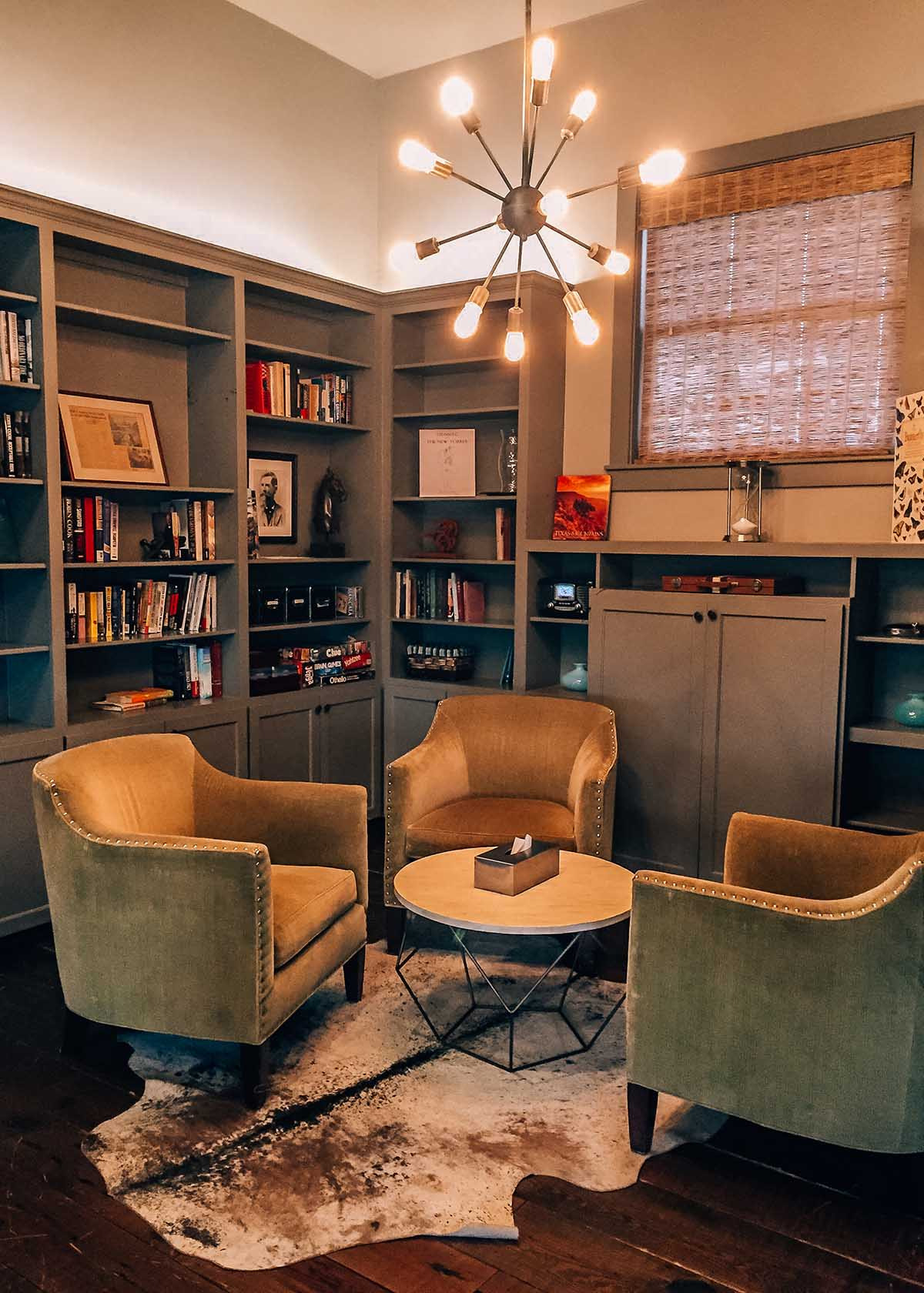 Library room at Sage Hill Inn & Spa in Texas Hill Country