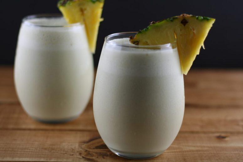 coconut pineapple matcha smoothie