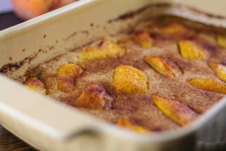 gluten-free paleo peach cobbler