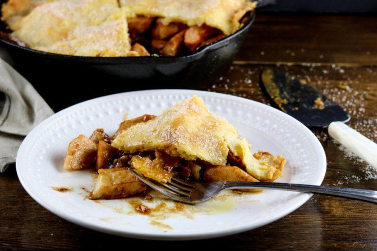 gluten-free-cast-iron-apple-pie