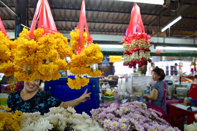 flowers chiang mai market