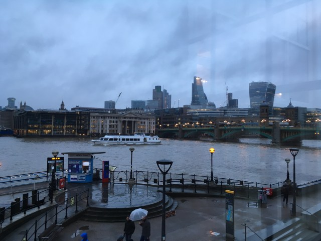 `few of London from the Swan restaurant