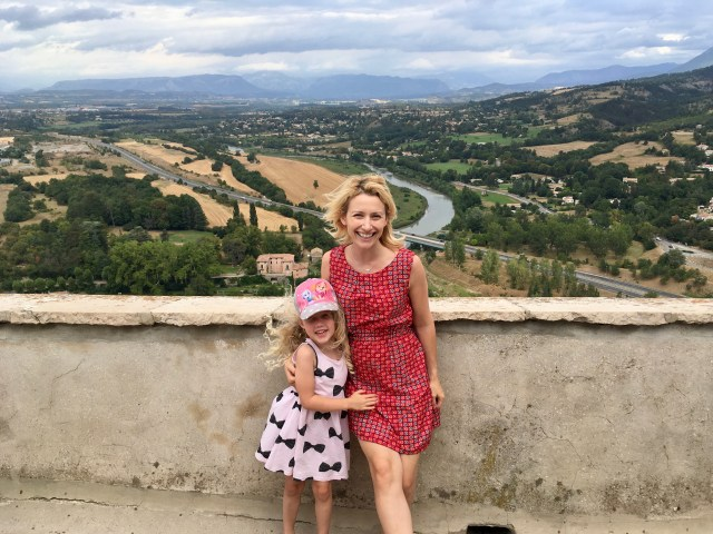 Wander Mum in Sisteron, France