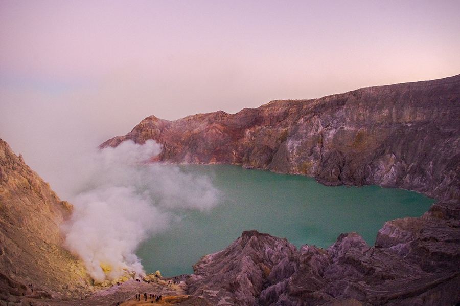 The first rays of light in Mount Ijen