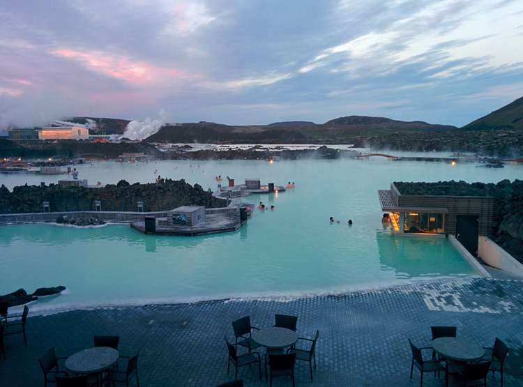 Image of the Blue Lagoon in Iceland