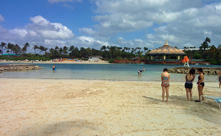 An image of a sandy swimming area at the Aquaventure Water Park at Atlantis Resort, Paradise Island, Bahamas