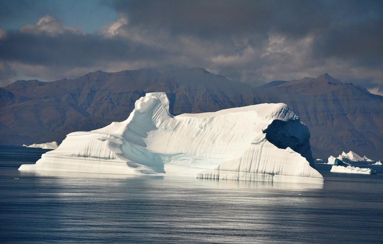 Image of an iceberg that looks like a sphinx - iceberg pareidolia test