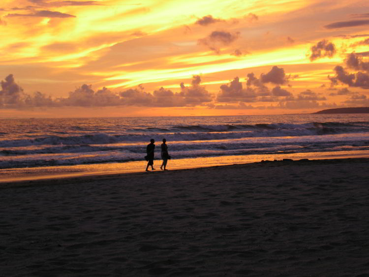 An image of the beach at sunset at Paradise Village Resort in Nuevo Vallarta, Mexico - all inclusive family resorts