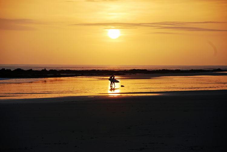 An image of a beach sunset on the Nicoya Peninsula - Yoga Retreat Costa Rica