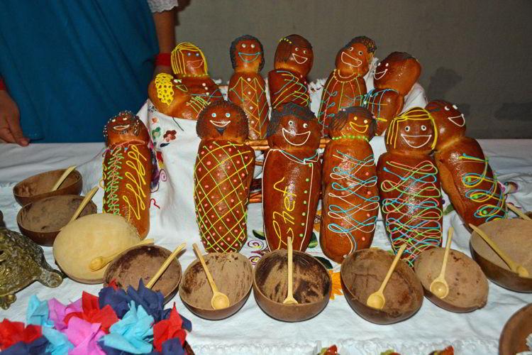 An image of Ecuadorian bread babies -guaguas de pan - Day of the Dead Festival - Dia de los Muertos