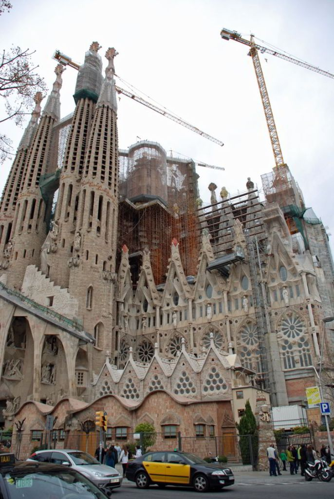 An image of the Sagrada Failia in Barcelona, Spain - Trafalgar Tours Europe