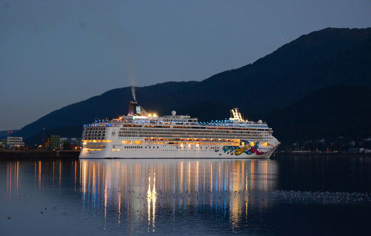 An image of the NCL Jewel cruise ship in Juneau Alaska at night.