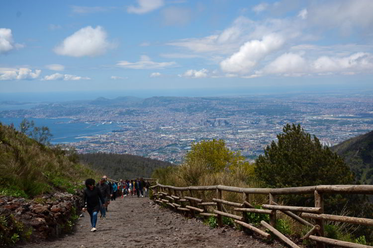 An image of the trail and the view of the Bay of Naples in Vesuvius National Park - Hiking Mt Vesuvius